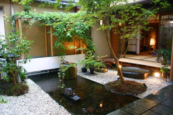 Srp Enterprises Weblog: Small Back Yard Garden Designs