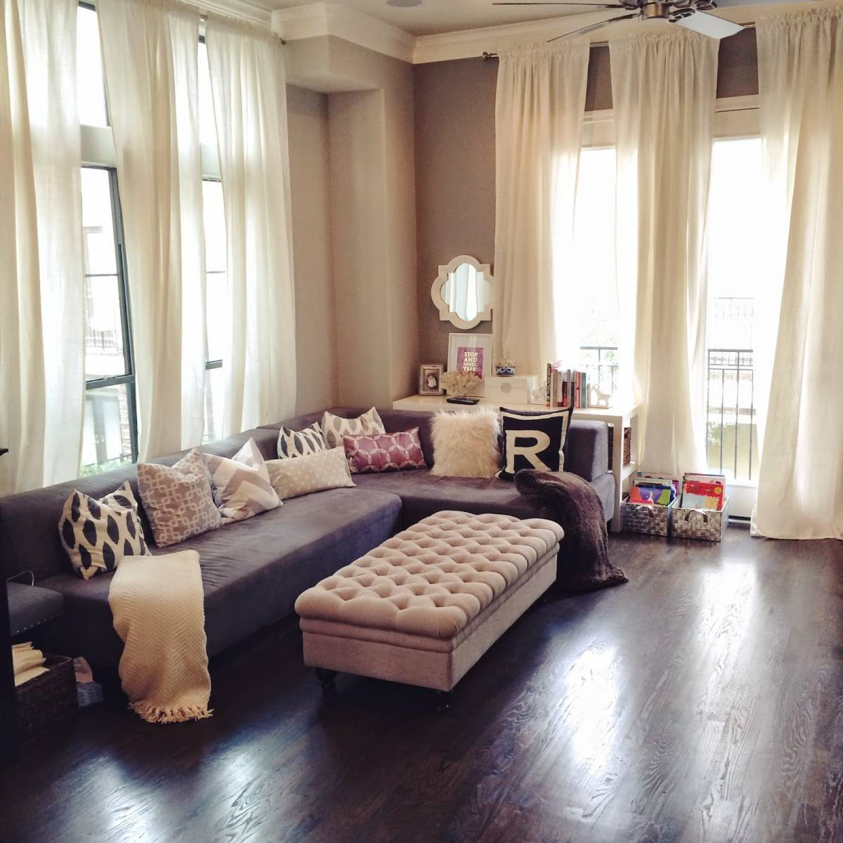 25 Cool Living Room Curtain Ideas For Your Farmhouse ... on Living Room Curtains Ideas  id=93476
