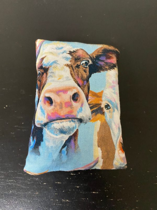Cow Faces Pocket Tissue Holder - Multiple types of cow faces are on this pocket tissue holder. Great for anyone who likes cows, collects cows, dairy farmers, or cattle farmers. #Cow #Cows