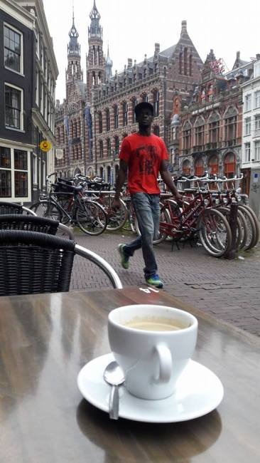 Corner House Hotel Amsterdam Holland amsterdam-hotels-swamped-131