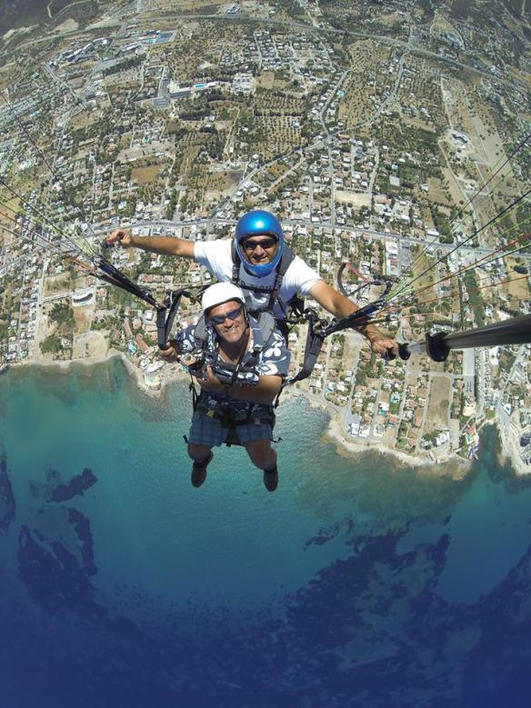 paragliding-in-kyrenia-north-cyprus-3