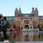 Stewart Innes becoming-boast-people-writing-in-amsterdam1