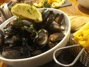 20181215 Stewart Innes food moules food photography FB 1