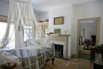 Ximenez-Fatio House Museum bedroom