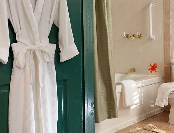 Elizabeth's Suite bathroom