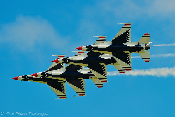 Group of four F-16 Thurnderbird jets fly in formation during the Kwik Fill Rochester International Airshow in Rochester, New York on Sunday, August 17, 2014