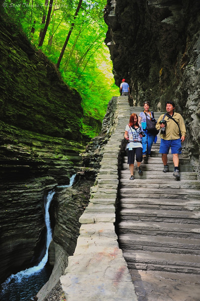 Photographers on the Gorge Trail in Watkins Glen State Park, Watkins Glen, New York.