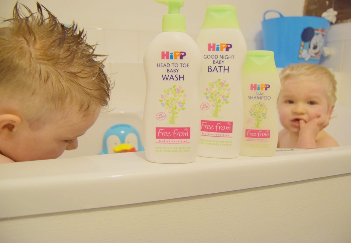 hip baby care bath range