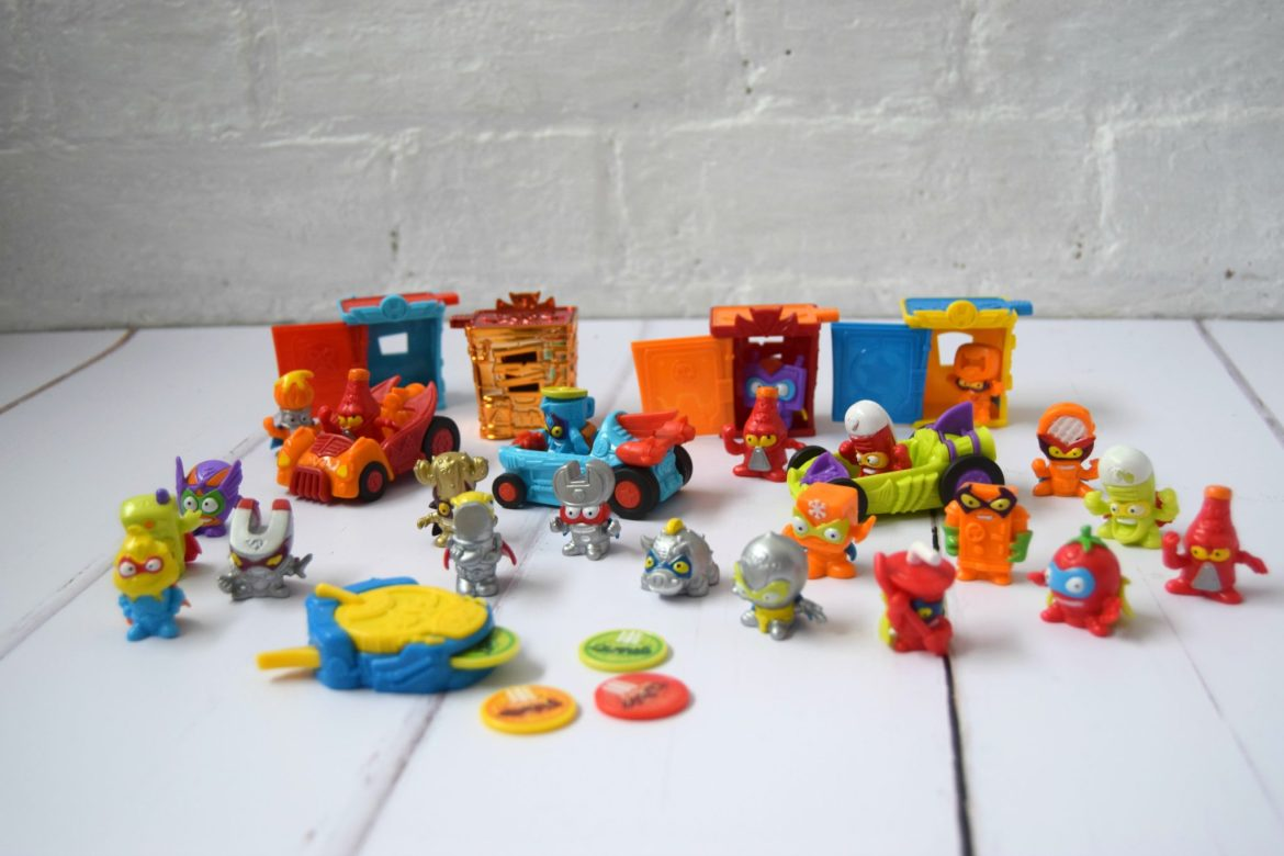 SuperZings Rivals of Kaboom collectables
