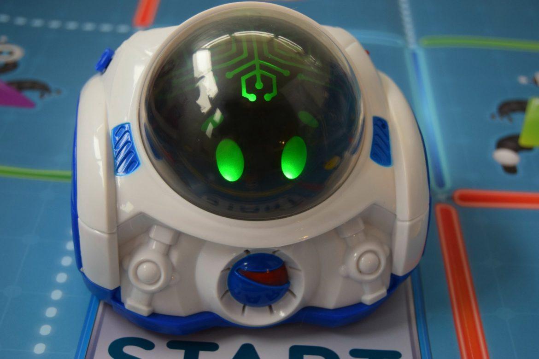 Clementoni Mind Designer Robot with lights.