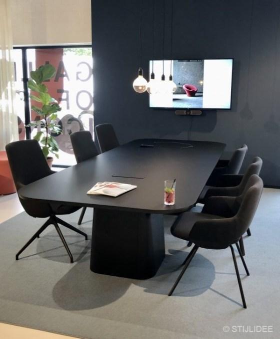 Inspiratie bij ... Artifort en Lande Meubelen in Schijndel | Fotografie: STIJLIDEE Interieuradvies en Styling
