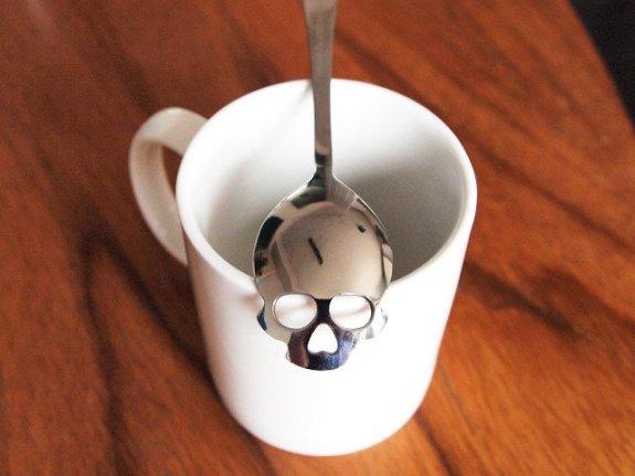 Stijlmagazine-hunderdmillion-skull-spoon.1