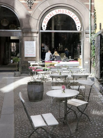 Stijlmagazine-Royal-Smushi-Cafe -outside-Kopenhagen.8