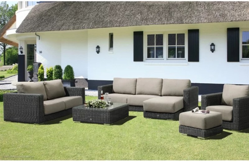 Buitenleven | Waar moet je op letten bij het kopen van een goede tuinset/ loungeset?