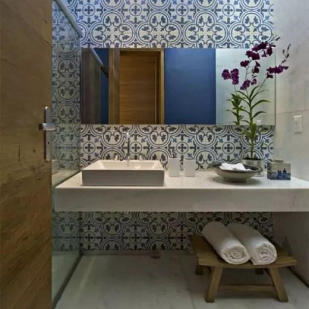 Interieur | Portugese en Marokkaanse tegels - www.stijlvolstyling.com