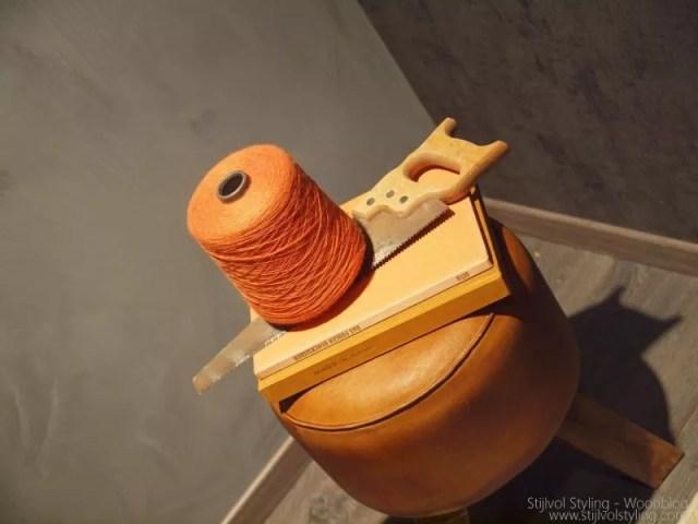 #Interieur | Je #woonkamer #inrichten in stijl 'robuust, retro en eenvoud'. Door: #Stijlvol #Styling #Woonblog - www.stijlvolstyling.com