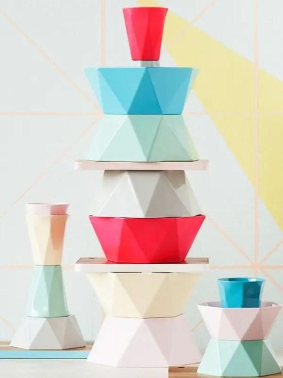 Futuristisch kleurgebruik en volume - interieur trends 2015 - Stijlvol Styling Woonblog www.stijlvolstyling.com
