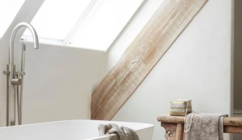 Interieur   Badkamer op zolder - #woonblog Stijlvol Styling www.stijlvolstyling.com