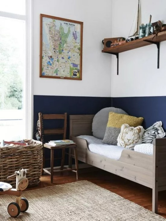 Interieur trends lambrisering van verf stijlvol for Bed in muur