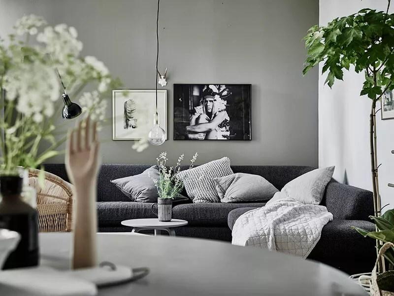Stijlvol Styling | www.stijlvolstyling.com - Binnenkijken | Sfeervol interieur in grijs, groen en wit