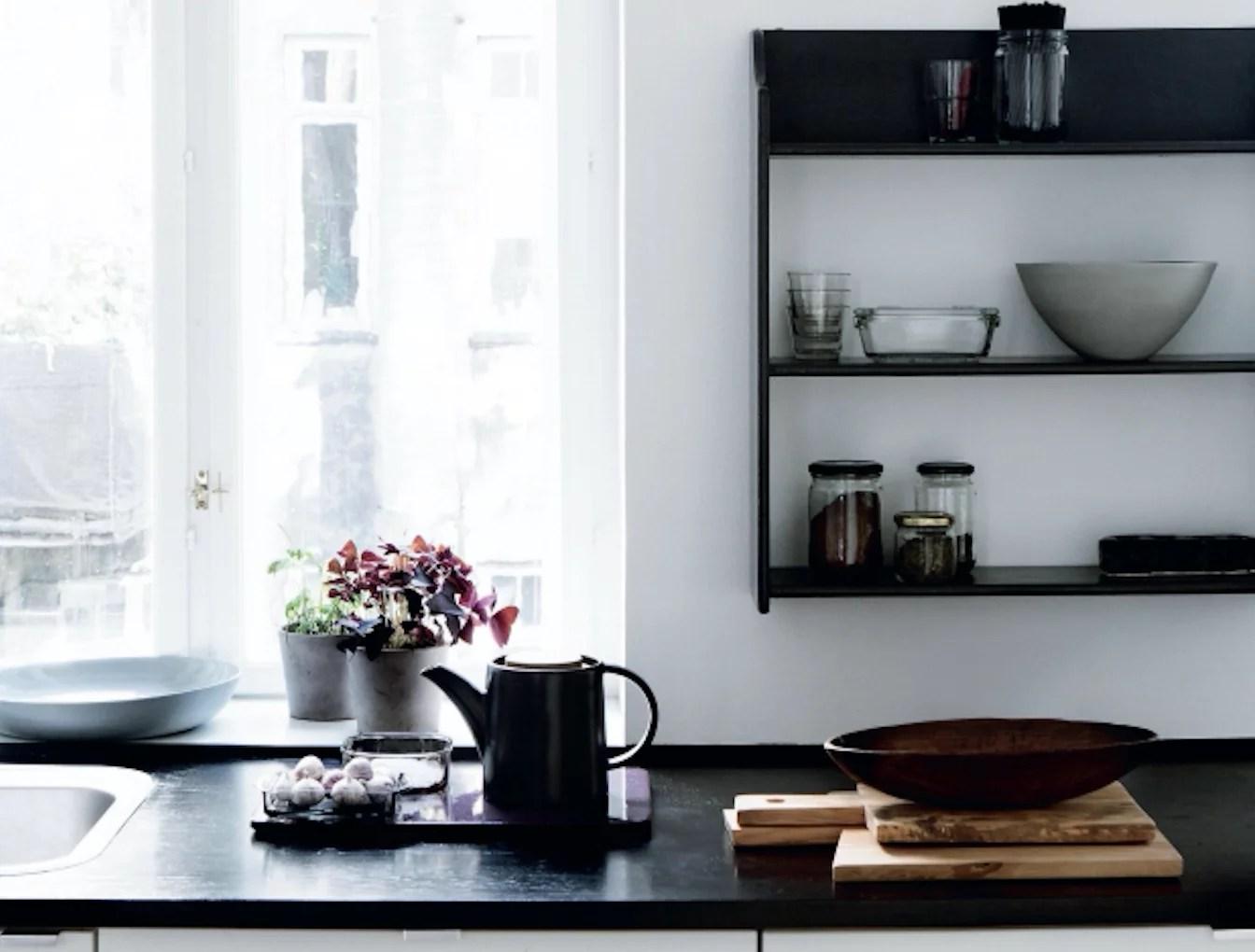 Interieur | Een moderne en opgeruimde keuken - Woonblog StijlvolStyling.com