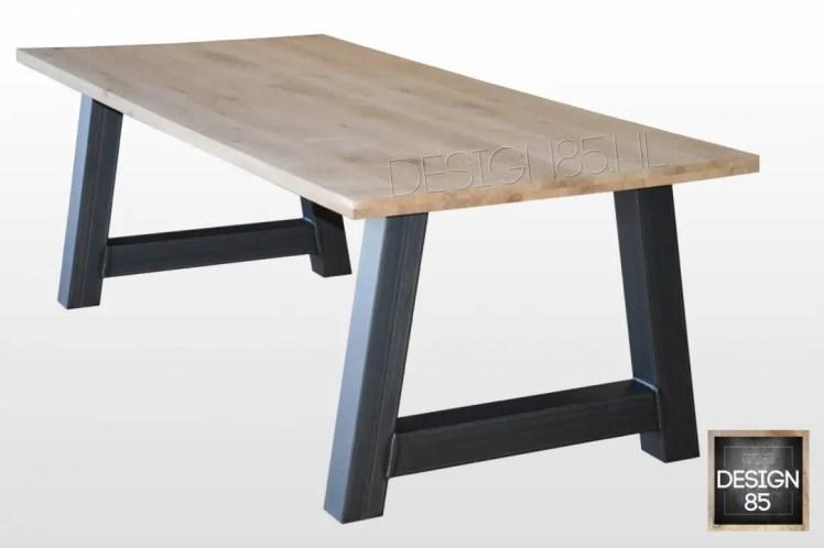 Interieur | Stoer wonen met hout & staal - Woonblog StijlvolStyling.com