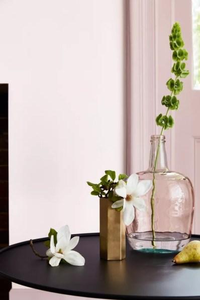 Woonnieuws | Little Greene kleur roze voor Pink Ribbon - kleuren: 7. Dorchester Pink - Mid 286 and Dorchester Pink 213 | Woonblog StijlvolStyling.com