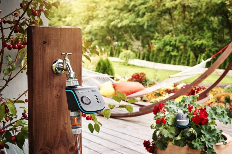 Tuin inspiratie | Slapend tuinieren mat de SMART tuin (beeld: Gardena) - woonblog StijlvolStyling.com door SBZ Interieur Design