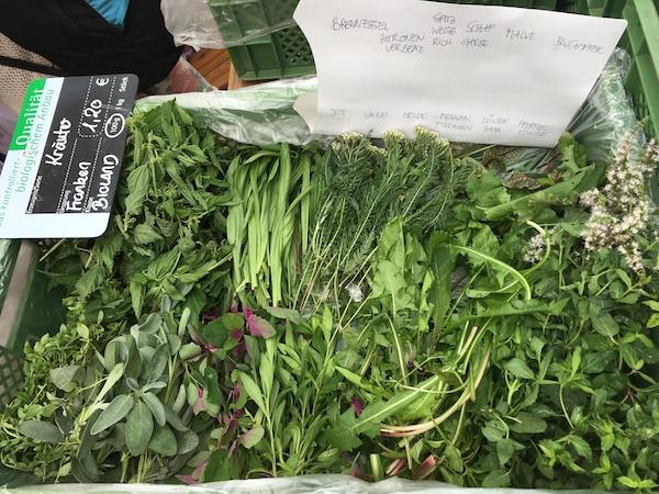 Biowildkräuter vom Wochenmarkt
