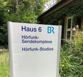 Stilberatung und Farbberatung in Nürnberg. Bericht beim Bayerischen Rundfunk.