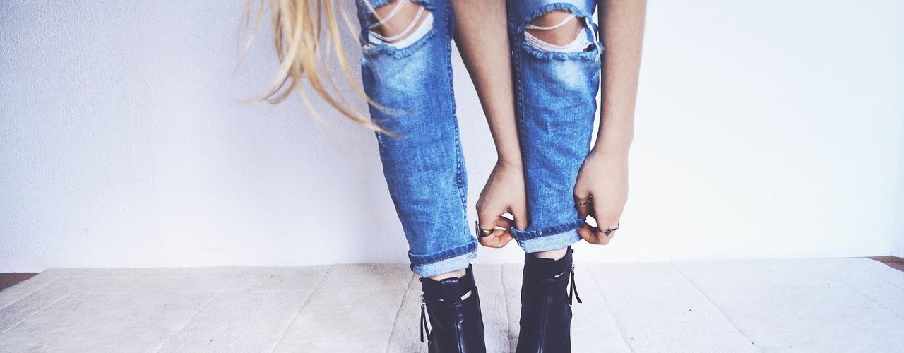 Für eine Minimalist Wardrobe solltest Du wissen, was wirklich in Deinen Kleiderschrank sollte. Finde es heraus bei einer Farbberatung und Stilberatung bei Stil in Nürnberg.
