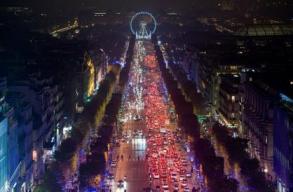 Christmas Lights in Chaps Elysée - Paris