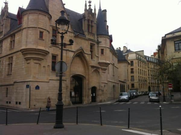 Hotel de Sens in Marais - Paris