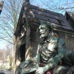 Pere Lachaise cemetery statue
