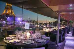 Paris diner river cruise