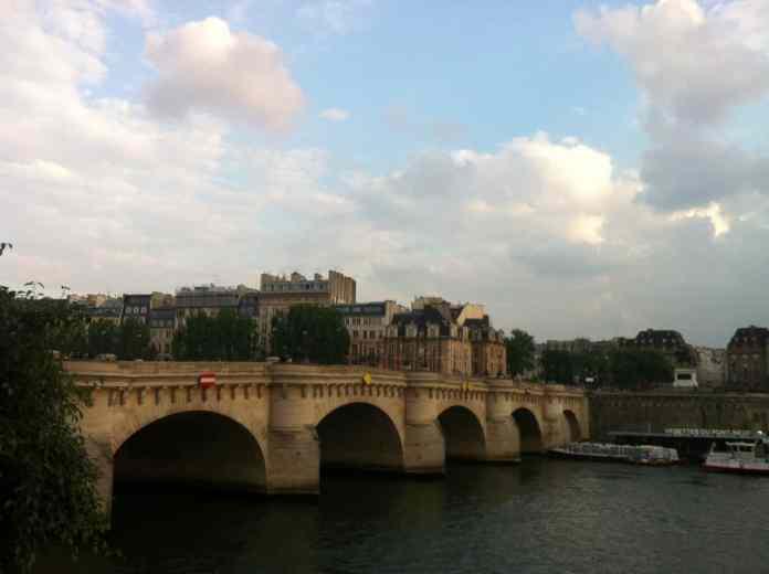París en Mayo: El tiempo en mayo, Qué ponerse, que hacer en París