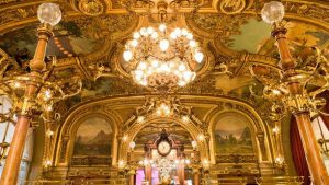 Le Train Bleu Restaurant in Paris