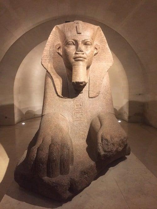 Die große Sphinx von Tanis - ägyptische Louvre-Sammlung