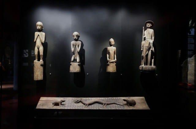 Museo de  quai Branly – Jacques Chirac: Precio, Horarios, Obras, Plano