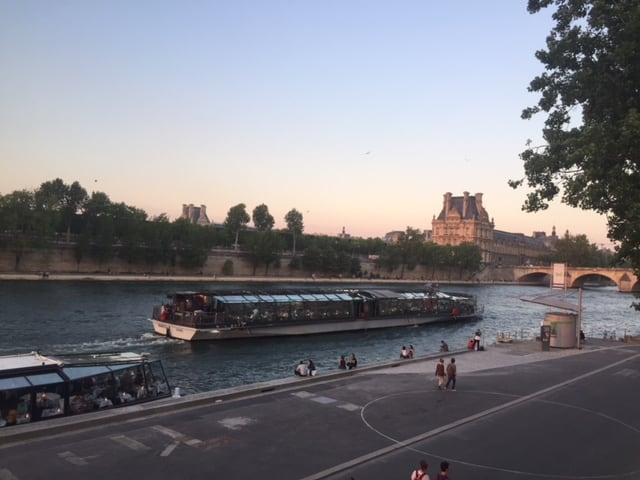 Bateaux Parisiens Dinner-Kreuzfahrt: 2 Tage in Paris