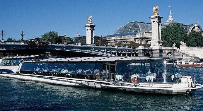 crucero con almuerzo de Bateaux Parisiens