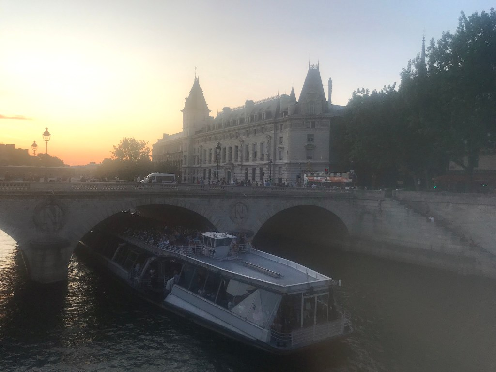 Bateaux Parisiens Seine Cruise