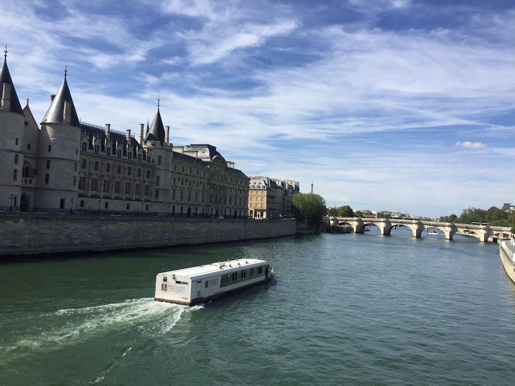 Marina de Paris Cruise