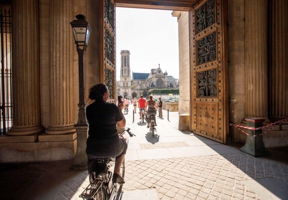 Electric Bike Tour Paris