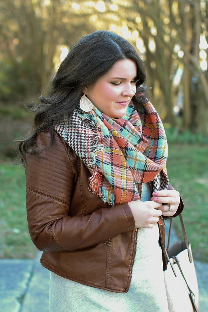 basic gray dress, tights, boots, leather jacket, blanket scarf (2)