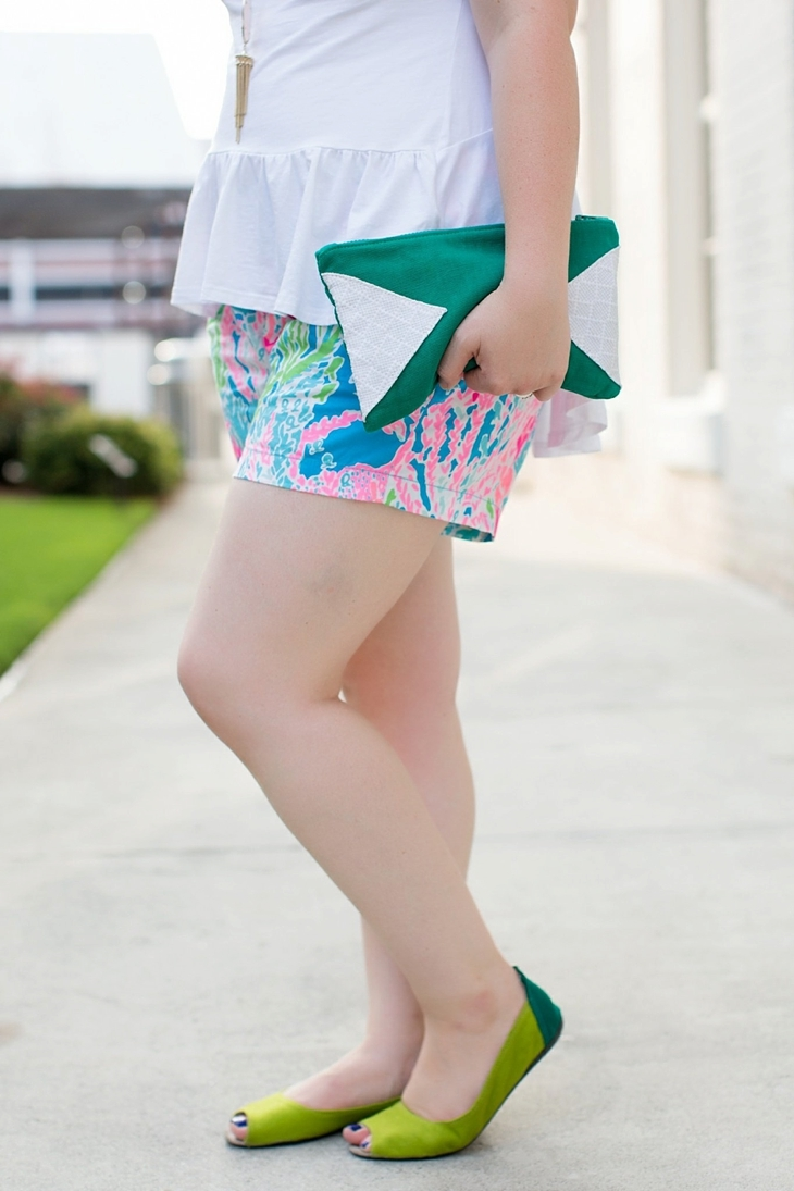 Elegantees Chelsea tee, Lilly Pulitzer Lets Cha Cha Callahan shorts, Root Collective, Nickel and Suede, Kendra Scott (5)