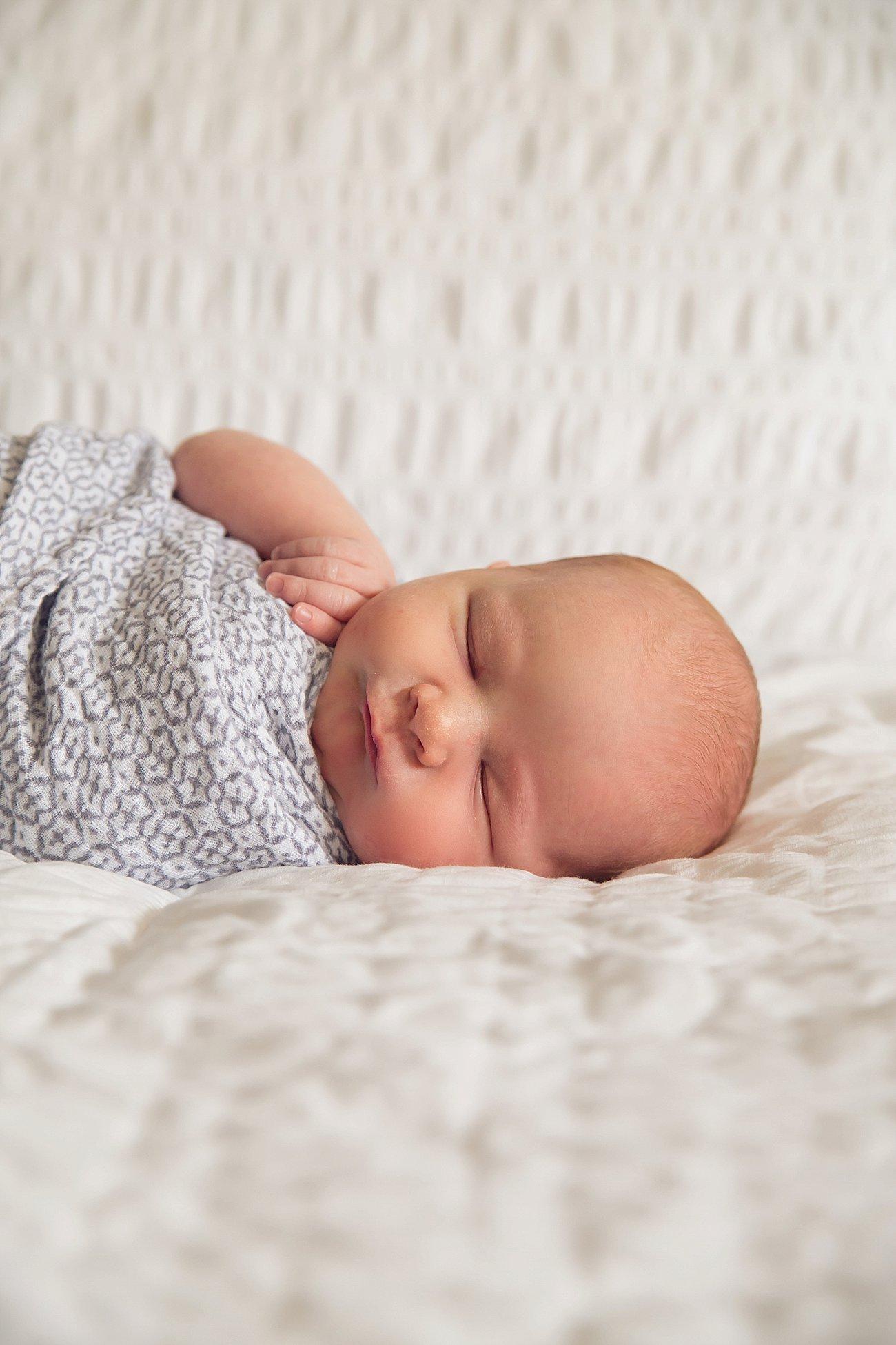 Amos's Newborn and Family Photos | Raleigh / Durham Newborn and Family Photography | (C) 2016 Rebecca Keller Photography (1)