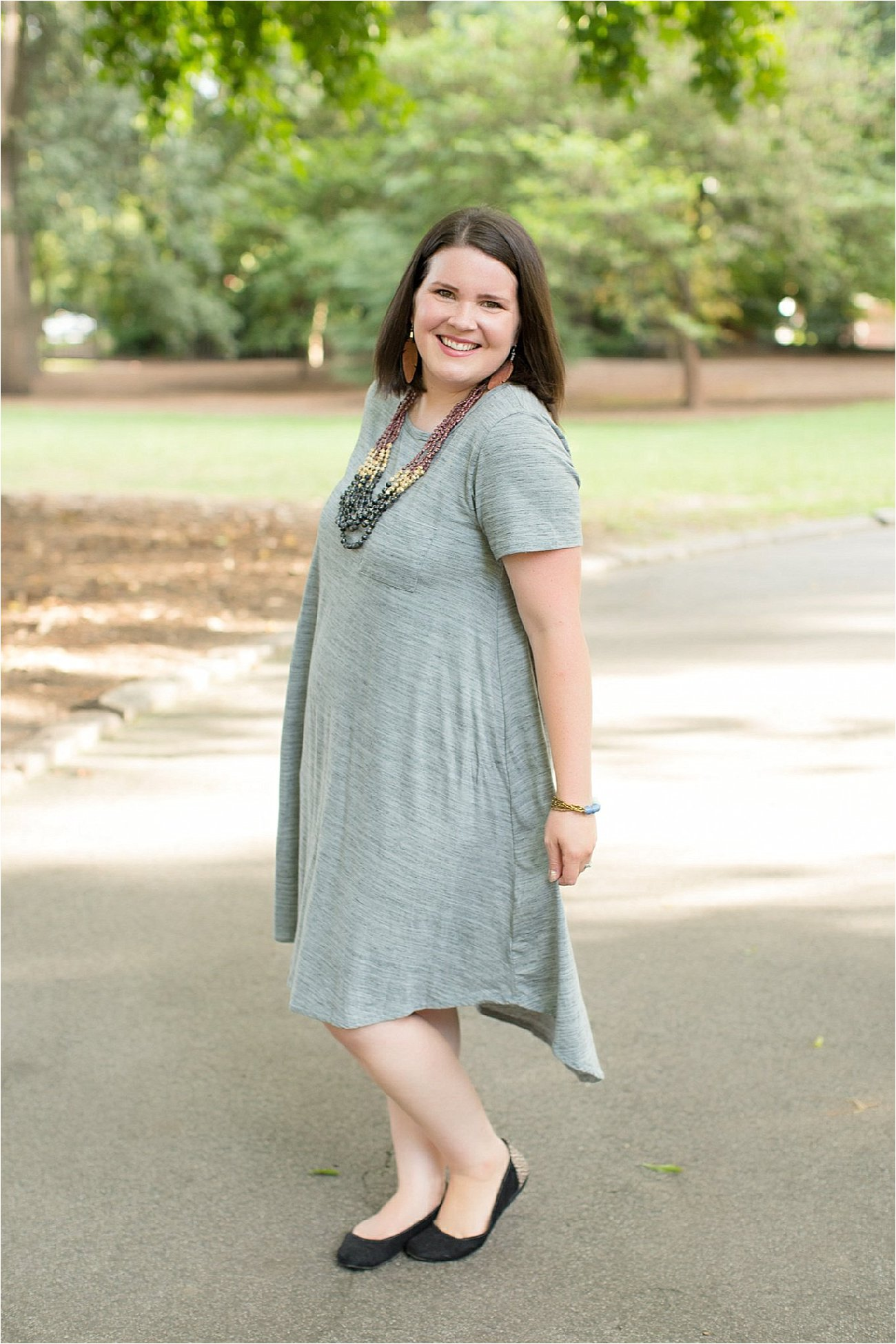 Five Ways to Wear the LulaRoe Carly Dress (& Link-Up) by fashion blogger Still Being Molly