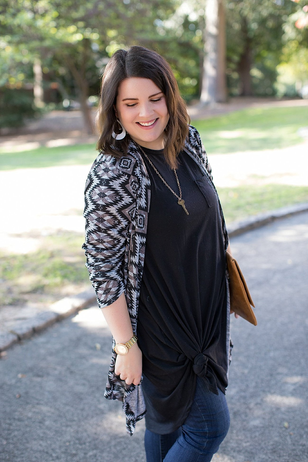 Lularoe Carly dress, skinny jeans, The Root Collective Espe booties, The Flourish Market cardigan (9)