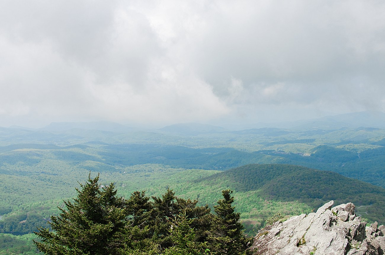 Visit North Carolina: Our Weekend Away in Grandfather Mountain NC by lifestyle blogger Still Being Molly